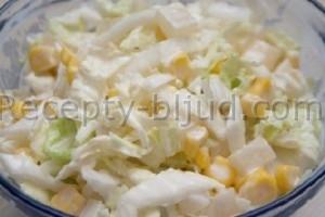 Салат с пекинской капустой и ананасами рецепт