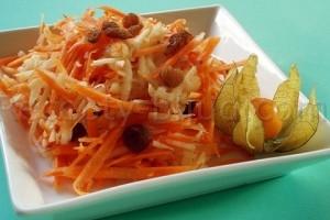 Салат из моркови с яблоком рецепт