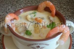 Суп с морепродуктами и грибами рецепт