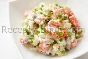 Рецепт Салат с красной рыбой и перепелиными яйцами