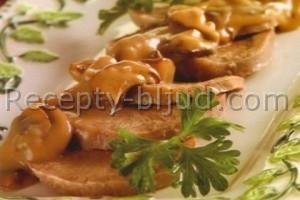 Говяжий язык в грибном соусе рецепт