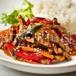 Телятина с овощами по-китайски