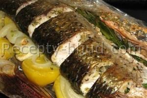 Рыба запеченная в рукаве с овощами рецепт