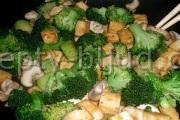 Брокколи с тофу (жаркое) рецепт