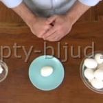 Как за пару секунд очистить яйца, сваренные вкрутую