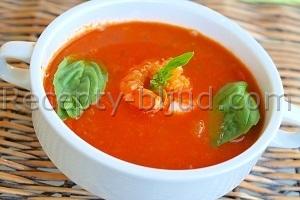 Рецепт Томатный суп с креветками