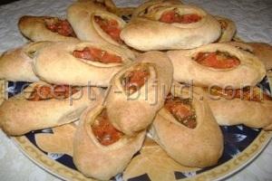 Пирожки с помидорами рецепт