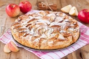 Шарлотка с яблоками и корицей рецепт